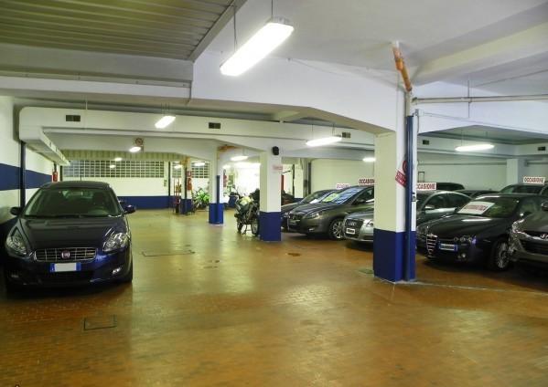 Garage-parcheggio Sempione