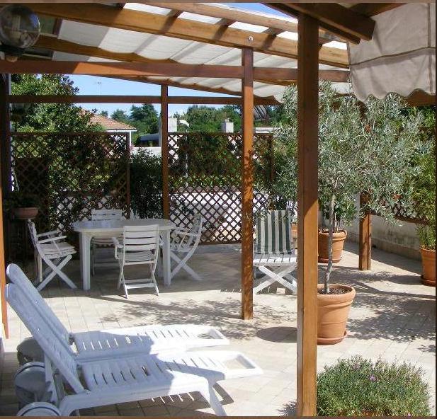 Castelletto Ticino – Storico ristorante con ampia area parcheggio